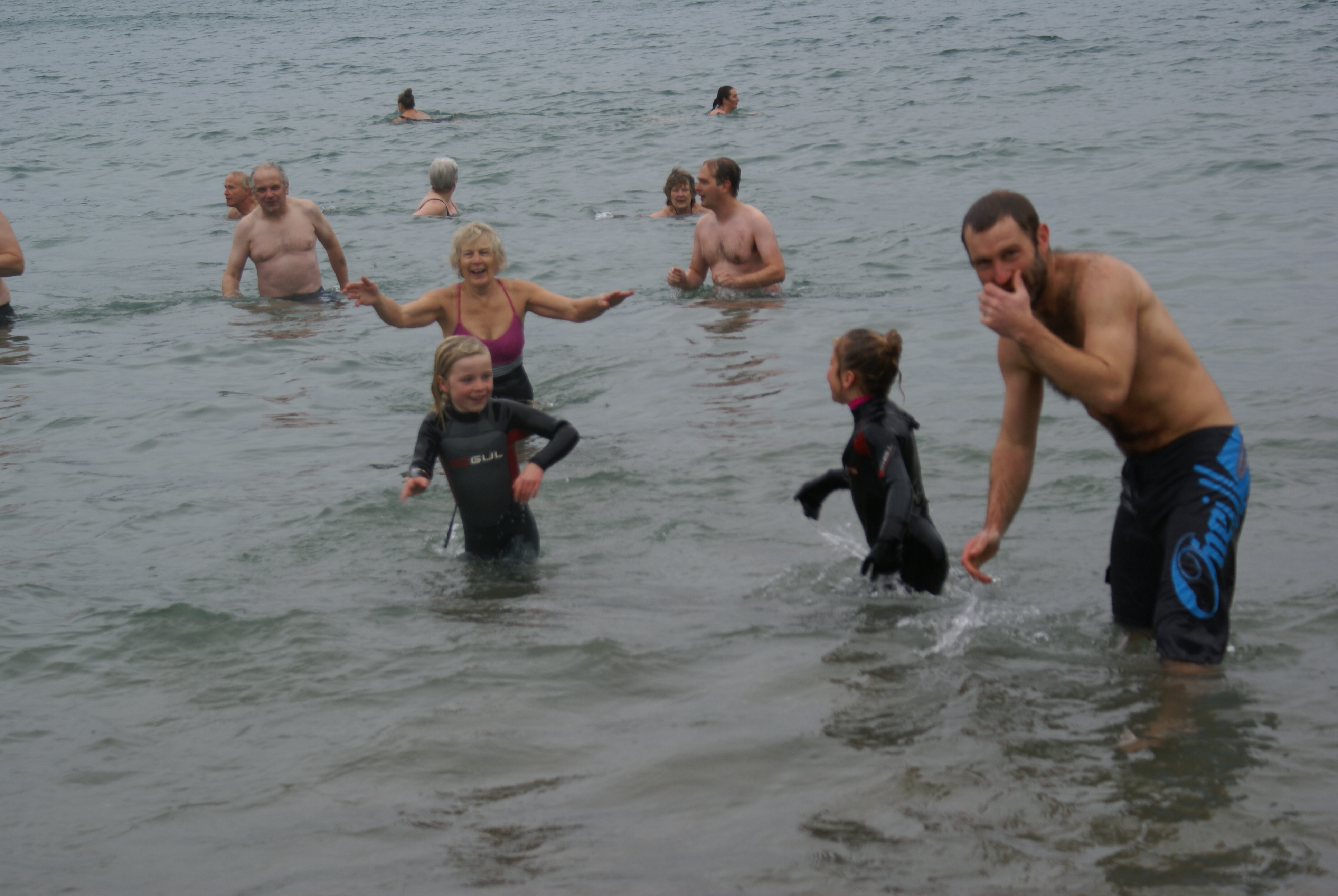 NEW YEAR'S DAY SWIM IN AID OF RNLI 2017